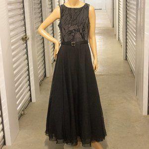Algo Two Tone Gown